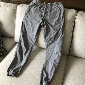 Men's old navy joggers in gray. Chino material